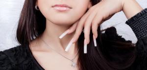 наращивание ногтей, эксклюзивные акриловые ногти