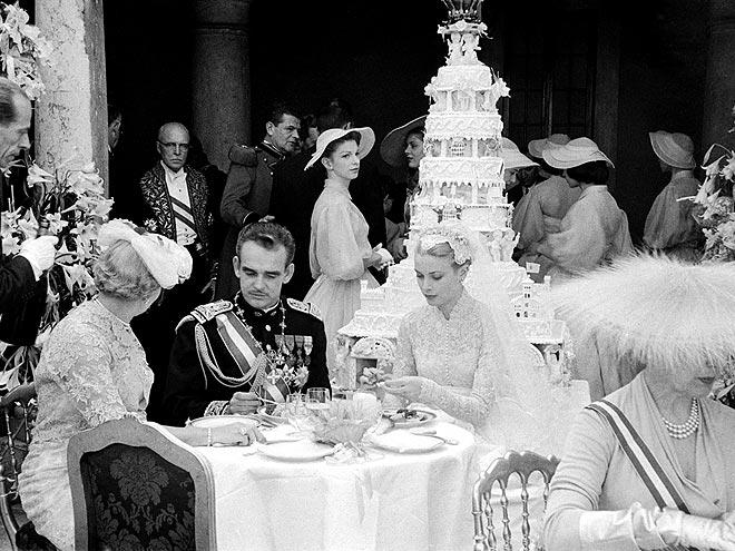 собственные торты на заказ, национальные свадебные торты